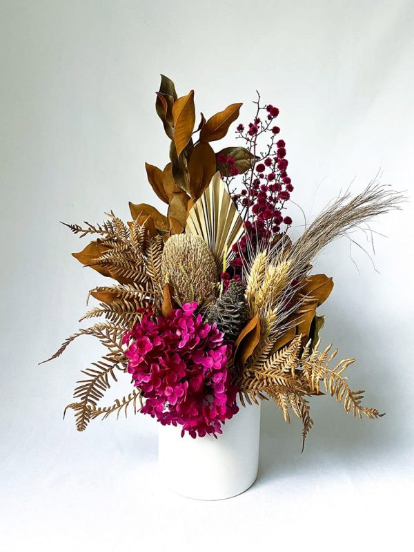 Small Dried Bouquet Magenta