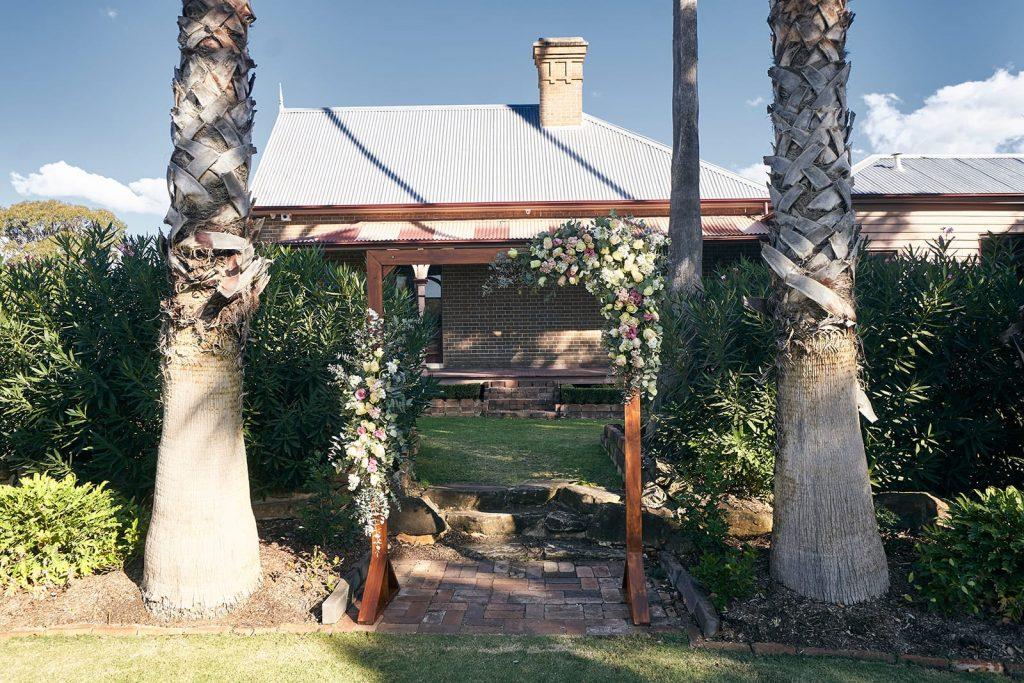 May Wedding @ Burnham Grove